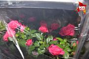 Проверка зарубежных цветов в аэропорту «Толмачево»