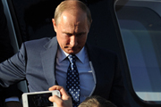 Владимир Путин открыл авиасалон МАКС-2015