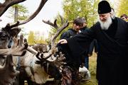 Предстоятель РПЦ проведал православных в тундре