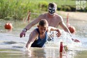 Минчане искупались в болоте и пробежали 5 киллометров