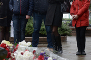 Белорусы почтили память погибших в терактах в Париже