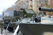 В Волгограде состоялась выставка военной техники и вооружения