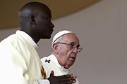 Папа Римский начал визит в африканские страны