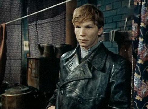 """Виталий Базин. Кадр из фильма """"Сохранившие огонь"""" (1970)"""