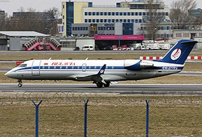 Тот самый загоревшийся самолет. Фото сделано меньше месяца назад в аэропорту Варшавы.