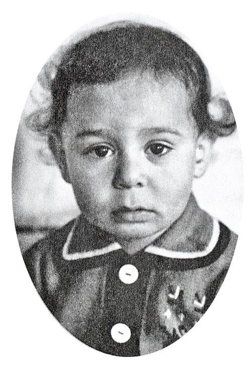 Детство Шифрина прошло в Сусумане, маленьком поселке на Колыме