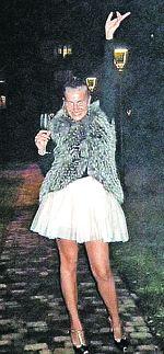 «Я нежная и добрая - вот из-за этого Сильвио Берлускони меня и уважает…»