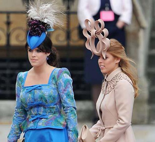 Самые дурацкие наряды королевской