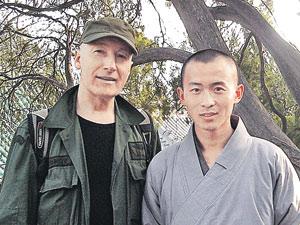«Я солдат, а ты монах, нам с тобой неведом страх!» Шаолиньские монахи не обижали Мешкова.