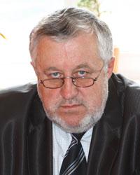 Александр Иванович ЛУЧЕНОК - доктор экономических наук, заведующий отделом макроэкономического регулирования Института экономики НАН РБ.