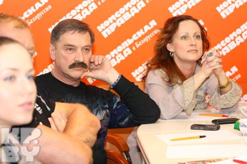 Александру Тихановичу в номере белорусов понравилось огненное шоу