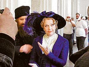 Ирина Алферова исполнила роль матери Феликса Юсупова, одного из убийц Распутина.