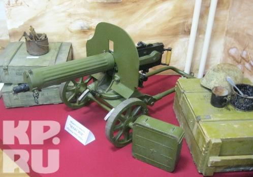 Среди экспонатов музея - разные виды оружия Великой Отечественной войны.