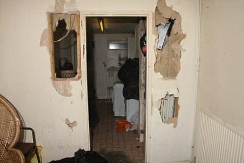 В этой квартире маньяк издевался над своими жертвами
