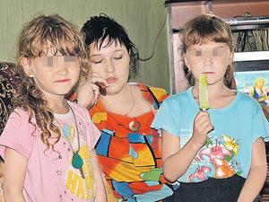 Насилие над двумя маленькими девочками едва не сошло подонку с рук.