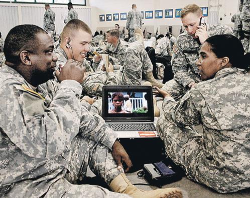 Вместо «бурь в пустыне» американские военные скоро переквалифицируются на «бури в Интернете»