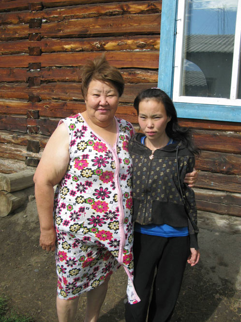 … а после скитаний и «диеты» и без того хрупкая девушка потеряла 15 кило. Фото предоставлено администрацией Эвено-Бытатайского района Якутии.