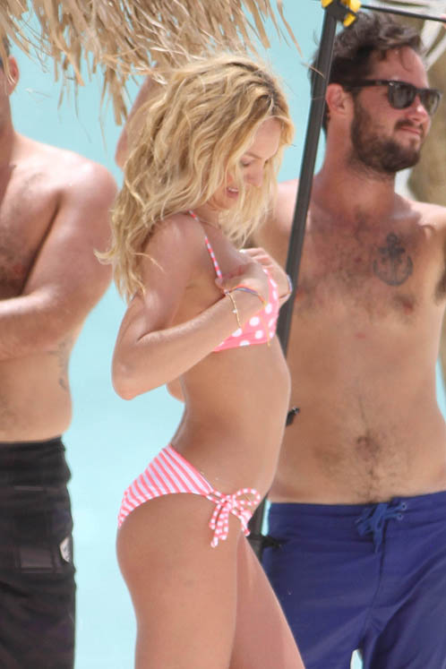 И снова Кэндис недовольна своей грудью. Фото: Splash/All Over Press.