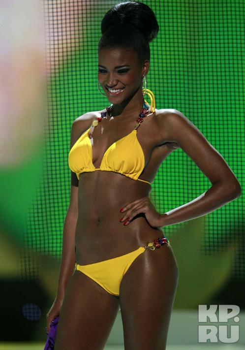 Темнокожая девушка из Анголы признана первой красавицей