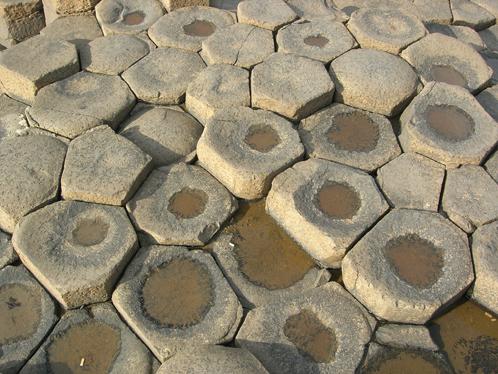 Еще одна ирландская дорога, которой десятки миллионов лет