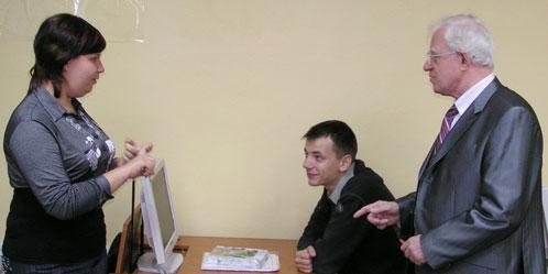 Игорь Егоров может общаться только через сурдопереводчика