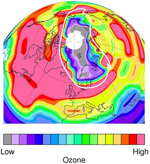 Озоновая дыра в Северном полушарии затрагивает Россию и Канаду