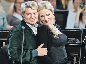 Басков старается не афишировать роман с Максаковой - обжегся на Федоровой...