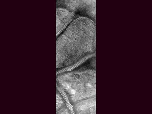 Марсианские структуры, похожие на прозрачные тоннели