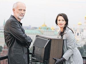 В «Судьбе на выбор» герой Гордона ведет философские разговоры с героиней Ксении Лавровой- Глинки.