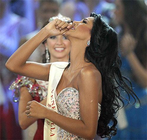 Мисс мира берет в рот фото 215-655