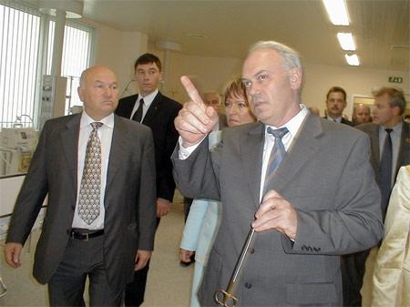 Юрий Лужков в 62 больнице