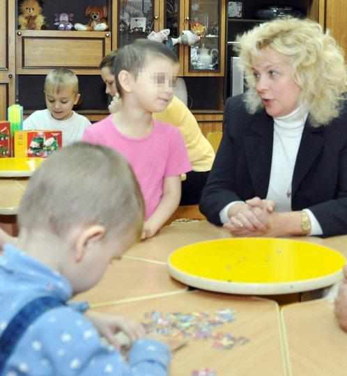 Сейчас дети в коррекционном детском доме. Их родителей попытаются лишить родительских прав