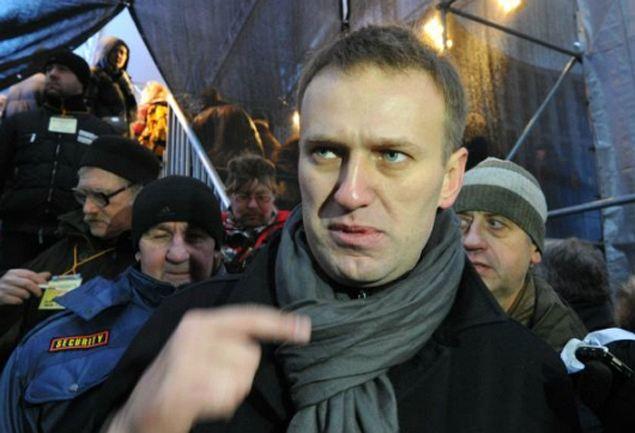 Блогера Алексея Навального западные СМИ представляют не иначе как «самой оппозиционной режиму фигурой».