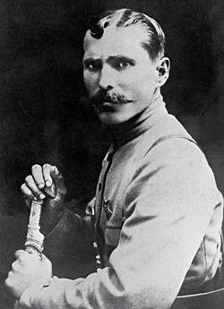 Василий Иванович в жизни был отличным знатоком военного дела...