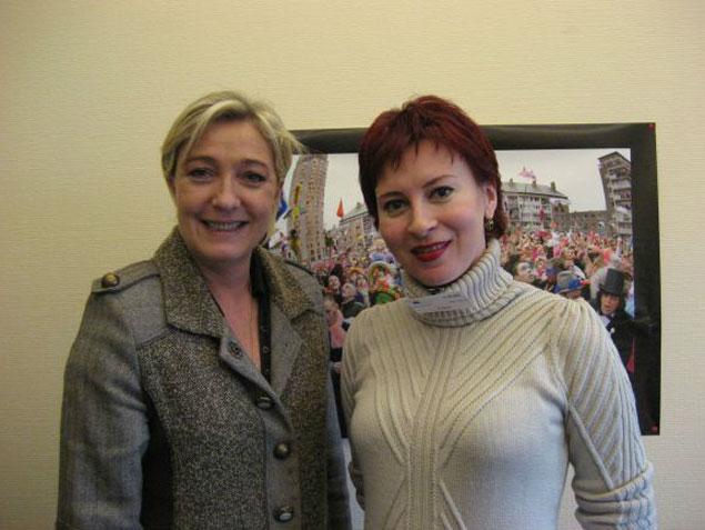 Марин Ле Пен рассказала Дарье Асламовой (на фото справа)  о том, что Евросоюз задумывался как противовес США, а получился политический инструмент американцев для сдерживания России.