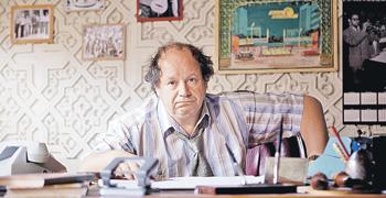 Дмитрий Астрахан в фильме «Высоцкий. Спасибо, что живой» сыграл противоречивого, но верного друга и администратора поэта.