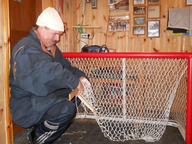 сетку для хоккейных ворот