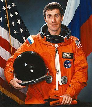 Но получил Звезду № 1 космонавт Сергей Крикалев.