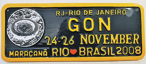 Этот номер с красным сердечком был прикреплен к автомобилю президента Дмитрия Медведева во время его визита в Бразилию в ноябре 2008 г.