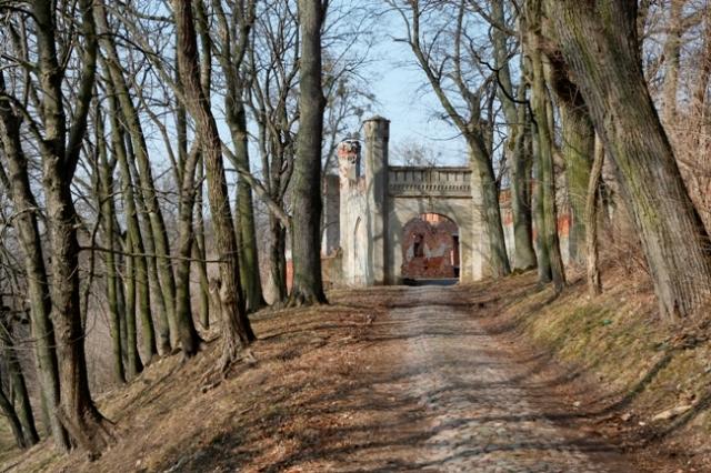Знаменитые ворота замка Гердауэн
