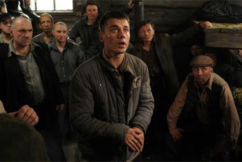 Герой Игоря Петренко попал за решетку «по собственному желанию».