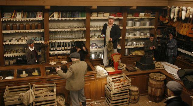 Магазин той поры построили в павильоне «Мосфильма».