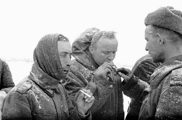Даже в Великую Отечественную ненависть к немцам у нас была лишь на поле боя. А с пленными делились и хлебом, и огоньком.