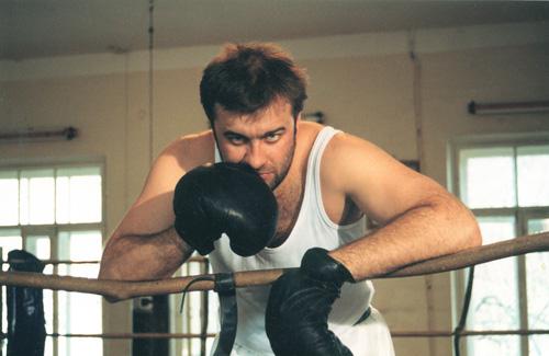 Михаил Пореченков уверен, что каждый выход на сцену сродни боксерскому поединку. Выложиться надо на всю катушку!