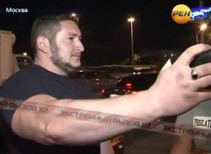 Загадочный крепыш Тархан Курбанов запросто гулял с пистолетом за поясом.