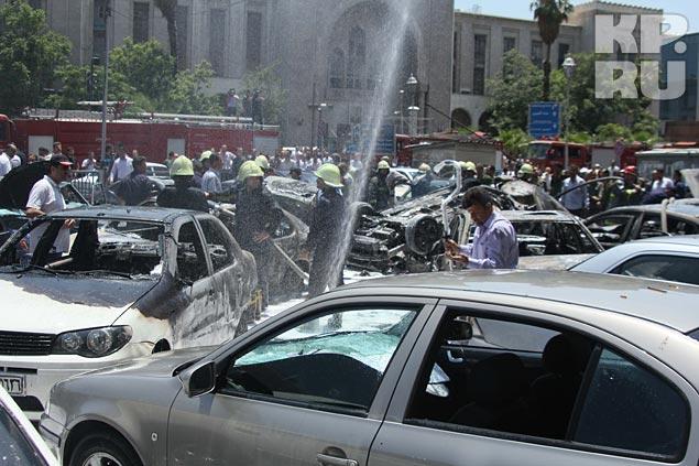 На этот раз теракт произошел в самом центре Дамаска, на автостоянке у Центрального суда, или дворца правосудия, как называют его здесь