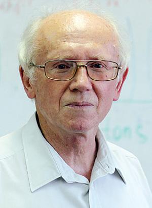 Профессор Николай Максимович Шумейко.