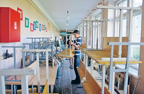 Родителям показывали отремонтированные классы: мол, это сделано на ваши деньги. На самом деле оплачено все было из бюджета города.