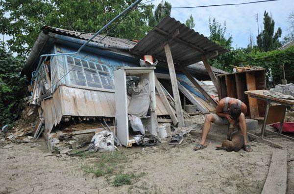 То, что сотворила с Крымском стихия, не в силах передать ни слово, ни фотокамера...