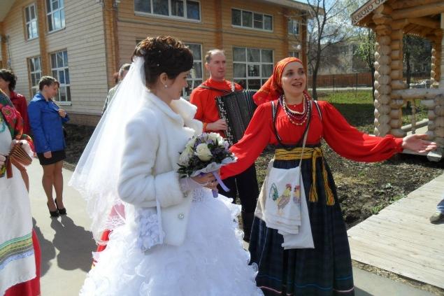Свадьбы в народном стиле очень популярны среди вологжан.
